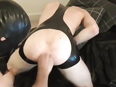 Fisted by bf in Rubber