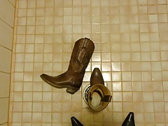 Piss in wifes cowboy boots