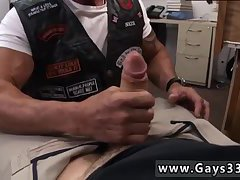 Mature biker sucking for cash