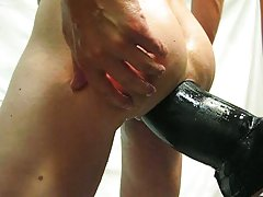 Giant dildo and fist my ass