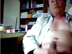 Smooth daddy wanking at office