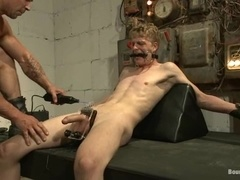 A blonde poofter sucks a prick before taking it in his butt