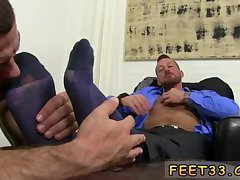 Guy begins wh a sole rubdown