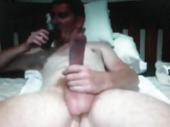 Straight guy with 12in horse cock on cam