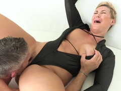 Ryan Keely gets fucked hard after deepthroating thick shlong