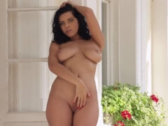 Entrancing girl Kira Queen perform solo masturbation on a sunny day