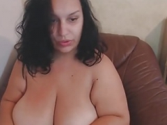 Utterly Busty BBW Mature Masturbates