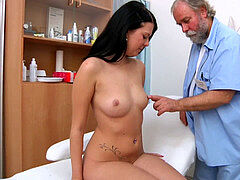 Rebecca gyno exam with bimanual,ultrasound,buttplug and climax heartbeat