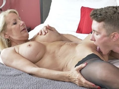 Canadian cougar doing her toyboy