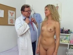 Gyno doctor wants to see what is wrong with her delicate pussy