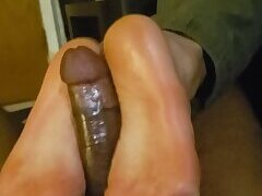 Mexican Twink Gives A HOT Footjob!