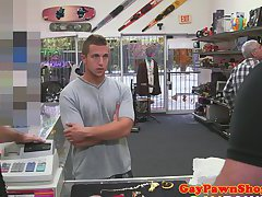 Amateur hunk goes gay for cash at pawnshop