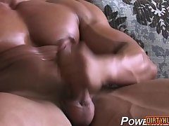 Hot bodybuilder rimjob and cumshot