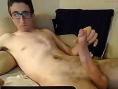 Unassuming lad packing a nice big cock