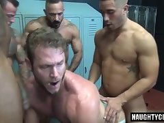 Latin jock dap with cumshot
