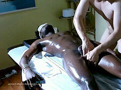 Real chinese masseur full body rubdown for a black dude
