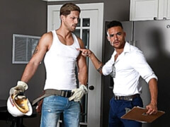 Real estate agent Beaux Banks bottoms for Roman Todd