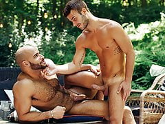 Allen King Seduces Sean Zevran  &  his BIG COCK