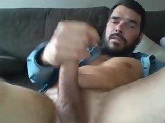 Huck wanking his gay weiner