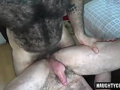 Hairy bear flip flop with cumshot