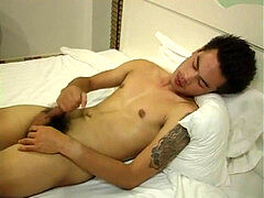 Thai guy jizz