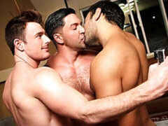 Chaotic yet sexy 3some with Brent Corrigan, Dominic Pacifico, and Dorian Ferro