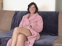 Meet Katie Z who talks about life while naked