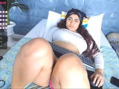 Chubby amateur solo masturbation webcam