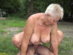 69 years old BBWs grannie outdoor fornicateed