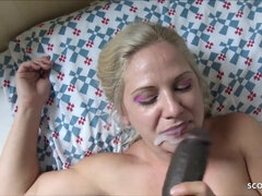 COUGAR Street Prostitute Give Blowage For Cash to BIG BLACK COCK - German