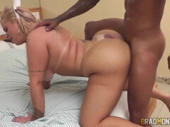 Brazilian Angel Lima - Angel, coelhinha faminta - doggy interracial with cumshot