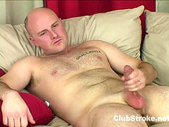 trimmed hetero guy Rock Wanking His Big Prick