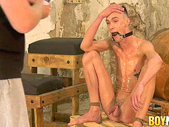 insane Sebastian Kane bounds and blindfolds his lad gimp