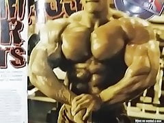 Jerking off to bodybuilder