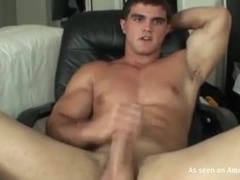 Hot Hunk Showing His Muscles and Masturbating