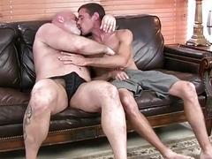 Young twink shoves his manhood into older daddy's ass