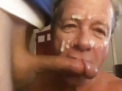 Big Cum Facial for a White Trash Faggot Cocksucker